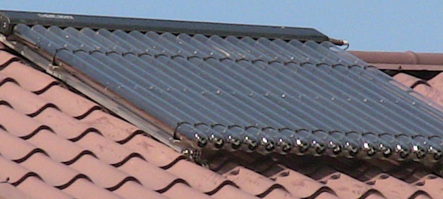 Instalatie solara cu panou solar cu tuburi vidate Thermomax DF100