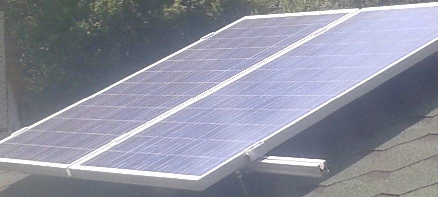 Instalatie cu 2 panouri fotovoltaice de 190W