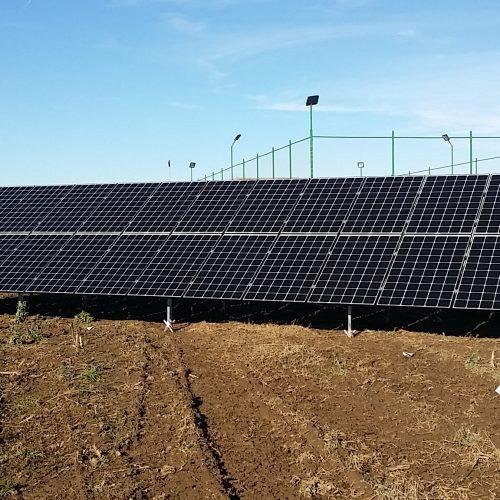 Sisteme fotovoltaice cu injectie in retea - Featured image